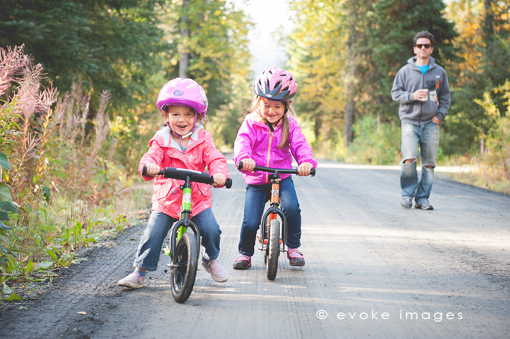 lifestyle photography Alaska family
