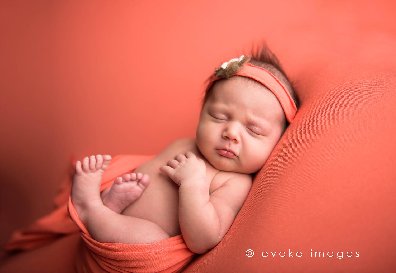newborn baby photographer anchorage ak