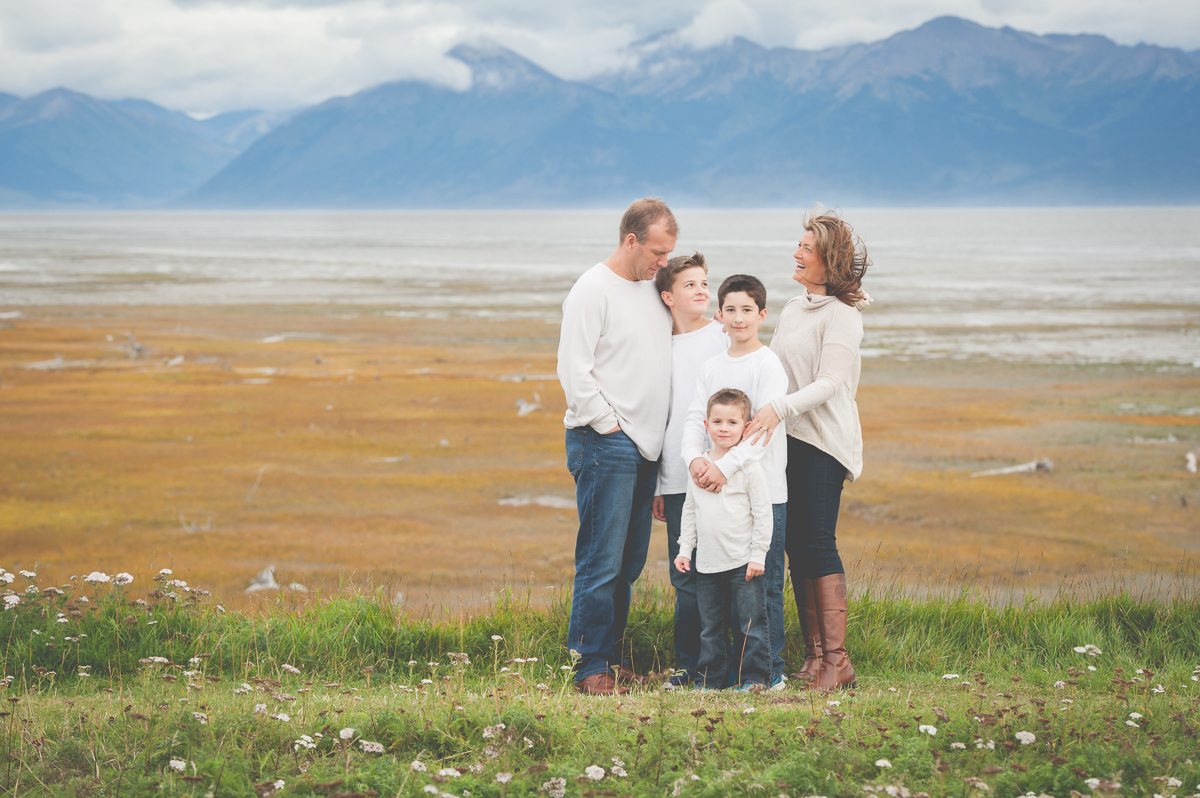 anchorage alaska mountains family photographer